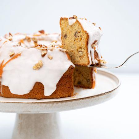 Vegan gluten free healthy quinoa flour carrot cake recipe amisa organic